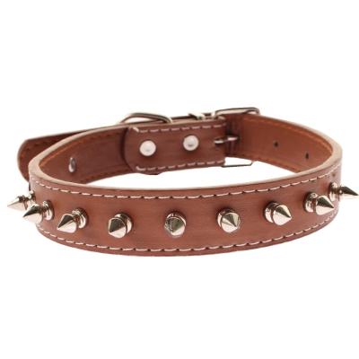 Metall-Nieten Hundehalsband Designer Pu-Leder Braun - 1