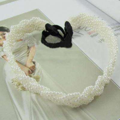 Haarband mit geflochtenen Perlen - 1