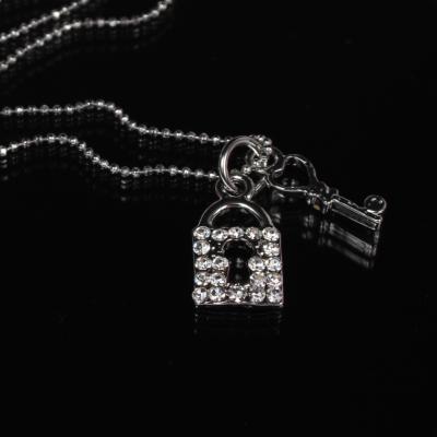 Halskette mit Schloss und Schlüssel Anhänger Kette Strass - 1