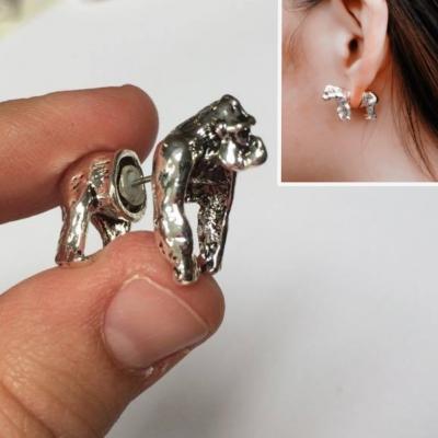 3D Gorilla Ohrstecker Ohrringe in der Farbe Silber - 1