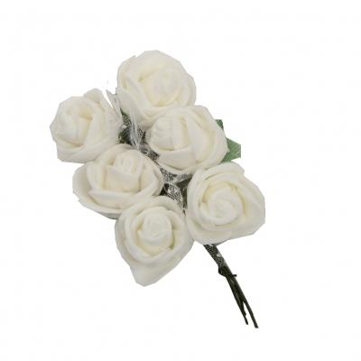 Rose Hochzeitsanstecker für den Bräutigam Trauzeugen oder Gäste in Creme - 1