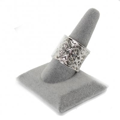 Luxus Edelstahl Ring verziert mit Herzen Gr. 60 = 19,1 mm Silber - 1
