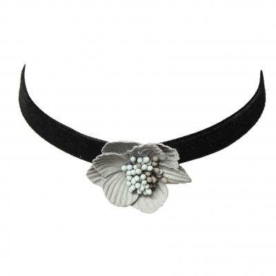 Choker Kropfband mit schöner Samt Blume - 1