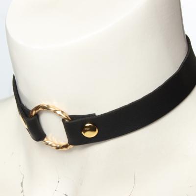 Choker Luxus Designer Kropfband verbunden mit goldenem Ring - 1