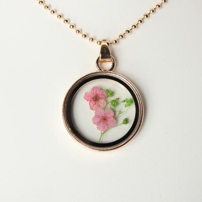 Halskette mit Medaillon Anhänger Blume - 1
