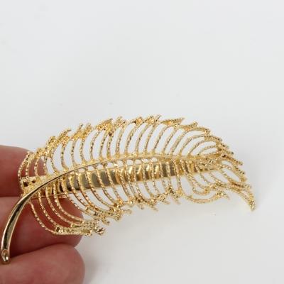 Metal Haarklammer Feder in der Farbe Gold - 2