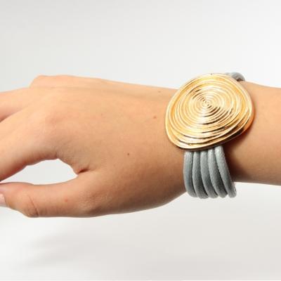 Luxus Armband Spiralen Design in der Farbe Gold mit Magnetverschluss - 2