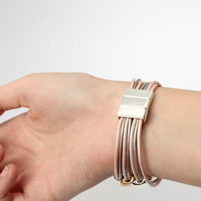 Luxus Armband mit Ornamenten Design Farbe Rose Gold Silber mit Magnetverschluss - 3