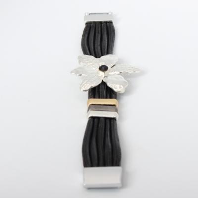 Luxus Armband Blumen Design mit Strass Farbe Silber Schwarz mit Magnetverschluss - 3