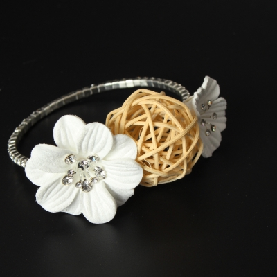 Straß Armband mit Blumen Armschmuck Armreif Kommunion - 4