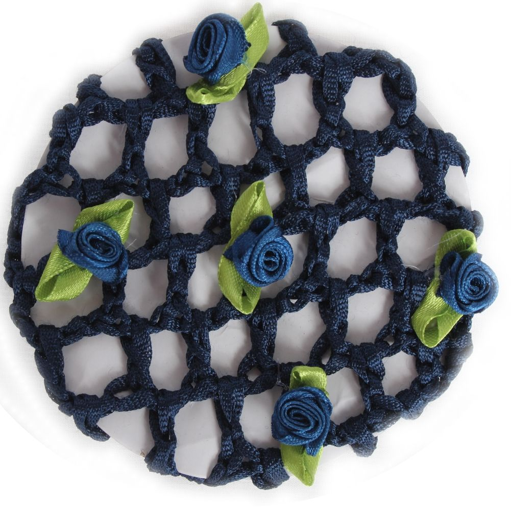 dunkelblau mit Blüten